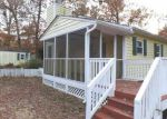 Foreclosed Home in Chesterfield 23832 10411 GENLOU RD - Property ID: 3455498