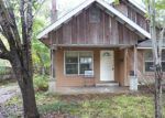 Foreclosed Home in Angleton 77515 615 E LIVE OAK ST - Property ID: 3458945