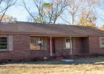 Foreclosed Home in Decatur 35601 613 7TH AVE SW - Property ID: 3459334