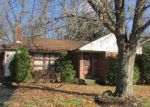 Foreclosed Home in Harrisburg 17113 2625 S 4TH ST - Property ID: 3473197