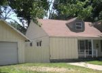 Foreclosed Home in Independence 67301 1008 N 13TH ST - Property ID: 3474805