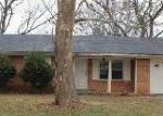 Foreclosed Home in Decatur 35601 1601 THOMAS DR SW - Property ID: 3488654