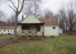 Foreclosed Home in Leavittsburg 44430 215 RAVELOE CT - Property ID: 3490472