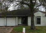 Foreclosed Home in Dickinson 77539 5003 LIVE OAK DR - Property ID: 3491488