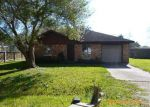 Foreclosed Home in Angleton 77515 208 E PLUM ST - Property ID: 3492127