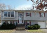 Foreclosed Home in Coram 11727 103 MOUNT SINAI CORAM RD - Property ID: 3493139