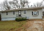 Foreclosed Home in Warsaw 65355 1014 WALNUT DR - Property ID: 3494934