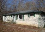 Foreclosed Home in Ashland City 37015 1490 CHEATHAM DAM RD - Property ID: 3496193