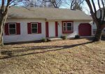 Foreclosed Home in Mchenry 60050 1202 S BONNIE BRAE DR - Property ID: 3507373