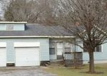 Foreclosed Home in Columbiana 35051 318 W COLLEGE ST - Property ID: 3514734