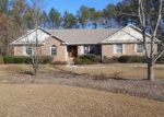 Foreclosed Home in Wagram 28396 15861 WILDLIFE LN - Property ID: 3518658
