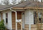 Foreclosed Home in Lake Jackson 77566 507 CENTER WAY ST - Property ID: 3519294