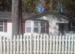 Foreclosed Home in Mount Holly 28120 408 LOWE ST - Property ID: 3520113
