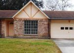 Foreclosed Home in Friendswood 77546 16714 BLACKHAWK BLVD - Property ID: 3525953