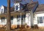 Foreclosed Home in Bon Aqua 37025 705 ASHLEY CT - Property ID: 3532122
