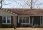 Foreclosed Home in Hartselle 35640 815 KYLE RD NE - Property ID: 3543051