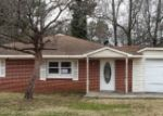 Foreclosed Home in Calera 35040 2011 20TH ST - Property ID: 3546829