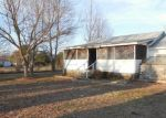 Foreclosed Home in Ashland City 37015 1005 TROUBLE RD - Property ID: 3554166