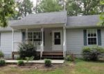 Foreclosed Home in Palmyra 22963 5 TUSCAROA DR - Property ID: 3556005