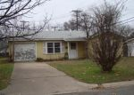 Foreclosed Home in Burleson 76028 504 NW KING ST - Property ID: 3564504