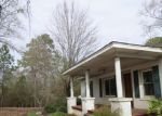 Foreclosed Home in Calera 35040 105 1ST ST E - Property ID: 3570186