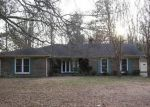 Foreclosed Home in Decatur 35603 1239 VESTAVIA DR SW - Property ID: 3570195