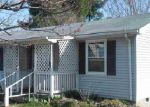 Foreclosed Home in Luray 22835 299 4TH AVE - Property ID: 3574520