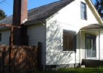 Foreclosed Home in Oakridge 97463 76491 W 2ND ST - Property ID: 3579143