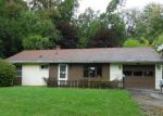 Foreclosed Home in Youngstown 44502 2324 BUCKEYE CIR - Property ID: 3581329