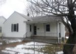 Foreclosed Home in De Soto 63020 723 S 2ND ST - Property ID: 3583823