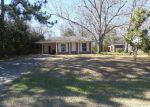 Foreclosed Home in Foley 36535 114 S STUART ST - Property ID: 3591707