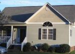 Foreclosed Home in Burgaw 28425 1723 NEW SAVANNAH RD - Property ID: 3602857