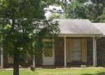 Foreclosed Home in Covington 30014 10125 SETTLERS GROVE RD NE - Property ID: 3613914