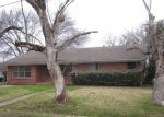 Foreclosed Home in Savoy 75479 404 W FOWLER ST - Property ID: 3615991