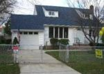 Foreclosed Home in Central Islip 11722 495 CLIFT ST - Property ID: 3619244