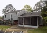 Foreclosed Home in Dothan 36305 709 CANTERBURY DR - Property ID: 3639264