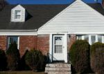 Foreclosed Home in Freeport 11520 245 GRAND AVE - Property ID: 3639273