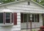 Foreclosed Home in Shirley 11967 231 FLOYD RD - Property ID: 3643628