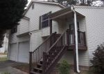 Foreclosed Home in Riverdale 30274 8230 VALLEY BLF - Property ID: 3649012