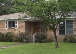 Foreclosed Home in Dallas 75217 1522 GARDENSIDE DR - Property ID: 3650320