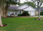 Foreclosed Home in Alvin 77511 3890 CLOVER DR - Property ID: 3654966