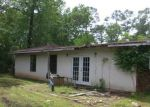 Foreclosed Home in Dickinson 77539 3217 ASH DR - Property ID: 3654975