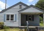Foreclosed Home in Lumberton 28358 1109 CHEROKEE ST - Property ID: 3655848