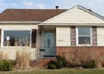 Foreclosed Home in Maple Heights 44137 20703 APPLEGATE RD - Property ID: 3672630