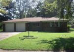 Foreclosed Home in Barling 72923 904 4TH TER - Property ID: 3675591