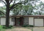 Foreclosed Home in Fort Worth 76112 6512 RAMEY AVE - Property ID: 3676212