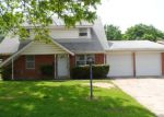 Foreclosed Home in Fort Worth 76111 2101 BONNIE BRAE AVE - Property ID: 3676232