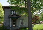 Foreclosed Home in Jonesville 49250 304 EVANS ST - Property ID: 3687017