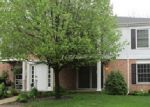 Foreclosed Home in Crystal Lake 60014 987 GOLF COURSE RD APT 4 - Property ID: 3700143