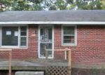 Foreclosed Home in North Chesterfield 23237 9921 JEAN DR - Property ID: 3701531